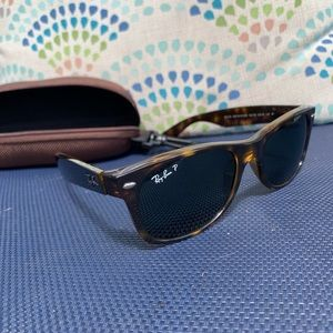 Ray-Ban polarized new wayfarer